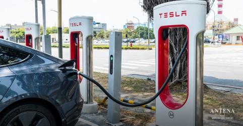 Placeholder - loading - Tesla promete lançar modelo mais acessível financeiramente até 2025