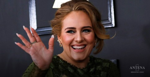 Placeholder - loading - Adele anuncia novo álbum!