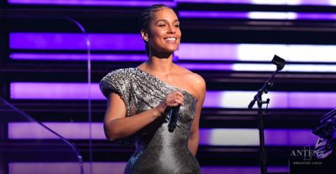 """Placeholder - loading - Imagem da notícia Alicia Keys homenageia heróis do dia a dia na nova faixa """"Good Job"""""""