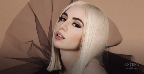 "Placeholder - loading - Ava Max lança ""Freaking Me Out"" e Blood, Sweat & Tears""; ouça"