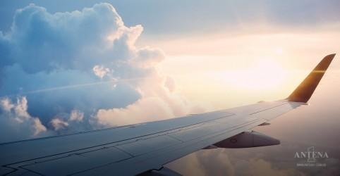 Placeholder - loading - Imagem da notícia Primeira companhia aérea do mundo tem cem anos