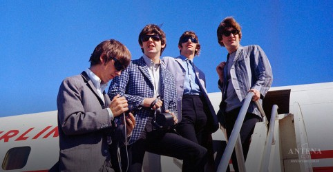 "Placeholder - loading - The Beatles lançam novo clipe de ""Here Comes The Sun""; assista"