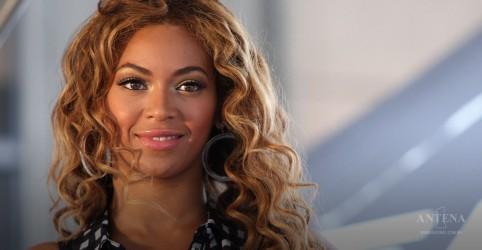Placeholder - loading - Imagem da notícia Beyoncé pode trabalhar em novas produções da Disney
