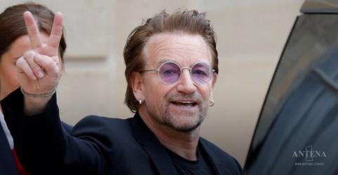 Placeholder - loading - Bono compartilha playlist de músicas que salvaram sua vida