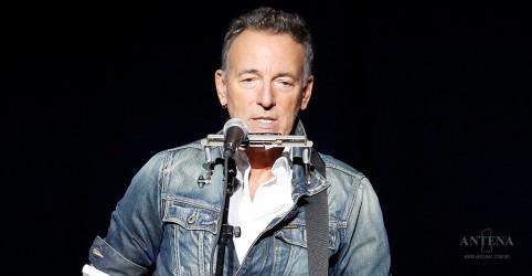 """Placeholder - loading - Imagem da notícia Ouça """"Hello Sunshine"""", de Bruce Springsteen"""