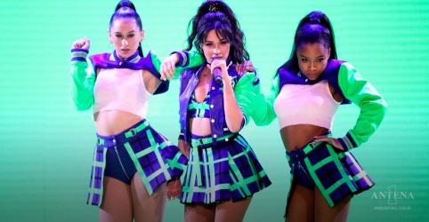 "Camila Cabello faz performance do single, ""My Oh My"", em programa norte-americano"
