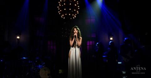 Placeholder - loading - Imagem da notícia Camila Cabello apresenta single e fala sobre novo álbum