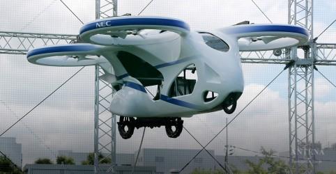 Carro voador japonês participa de voo teste