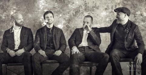 Placeholder - loading - Coldplay tem disco em primeiro lugar no Reino Unido
