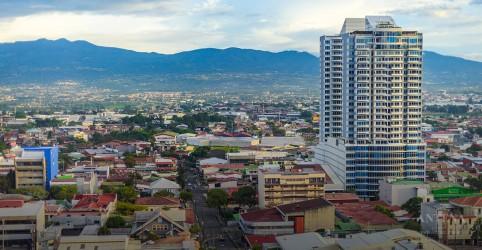 Placeholder - loading - Imagem da notícia Costa Rica deve se tornar primeiro país do mundo sem plástico