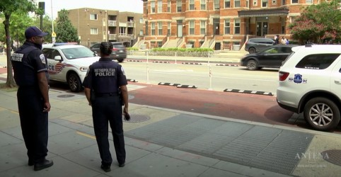 Placeholder - loading - Imagem da notícia EUA sofrem com epidemia de violência armada