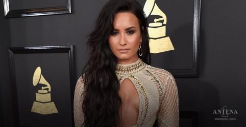 Placeholder - loading - Imagem da notícia Demi Lovato retoma carreira em grande estilo