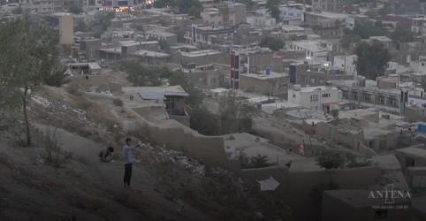 Placeholder - loading - Economia do Afeganistão à beira do colapso