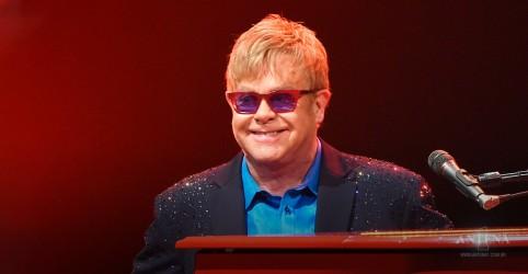 Placeholder - loading - Imagem da notícia As 5 músicas mais pedidas do Elton John