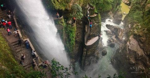 Placeholder - loading - Conheça escada impressionante do Equador