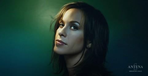 Placeholder - loading - Imagem da notícia Diagnosis é o novo single de Alanis Morissette