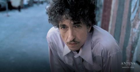 Placeholder - loading - Imagem da notícia Itens históricos de Bob Dylan e Prince vão para leilão