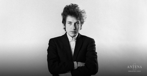 Placeholder - loading - Imagem da notícia Bob Dylan anuncia primeira apresentação pós pandemia