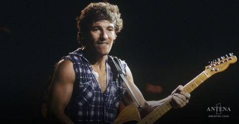 Placeholder - loading - Imagem da notícia Bruce Springsteen e Paul Simon serão atrações no show do Central Park