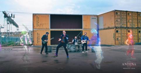 Placeholder - loading - Imagem da notícia Coldplay lança versão acústica de Higher Power