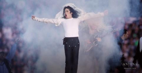 Placeholder - loading - Imagem da notícia Dia mundial da dança: Relembre clipes clássicos para celebrar!