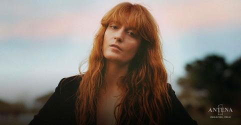 Placeholder - loading - Imagem da notícia Florence + the Machine: Vocalista é roteirista de musical