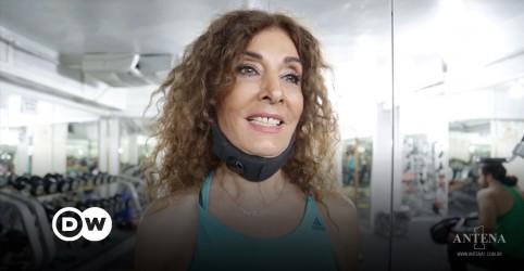 Placeholder - loading - Imagem da notícia Instrutora de ginástica esbanja juventude aos 88 anos