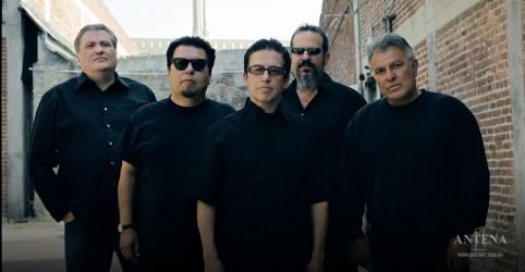 Placeholder - loading - Los Lobos fazem cover de The Beach Boys