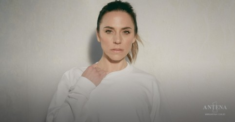 "Placeholder - loading - Melanie C, lança novo single ""Who I Am"""