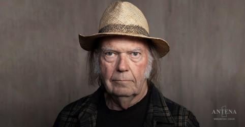 Placeholder - loading - Imagem da notícia Neil Young: Novo disco é lançado!