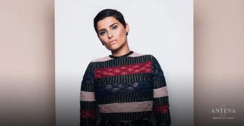 Placeholder - loading - Imagem da notícia Nelly Furtado lança edição expandida de álbum