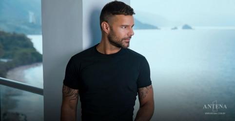 Placeholder - loading - Imagem da notícia Ricky Martin e Carlos Vives lançam primeiro single Cancion Bonita