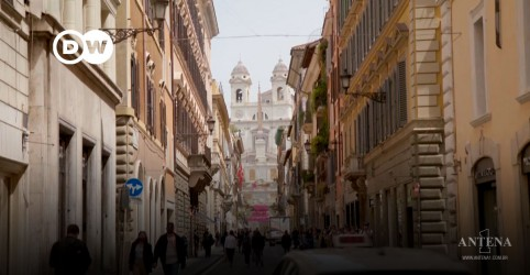 Placeholder - loading - Com cautela, Roma ensaia retorno à normalidade