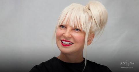 Placeholder - loading - Imagem da notícia Sia lança nova parceria com David Guetta