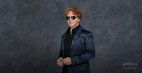 Confira entrevista exclusiva com  Mick Hucknall, líder do Simply Red