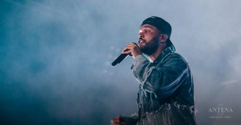 """Placeholder - loading - Imagem da notícia The Weeknd co-escreveu um episódio de """"American Dad"""""""
