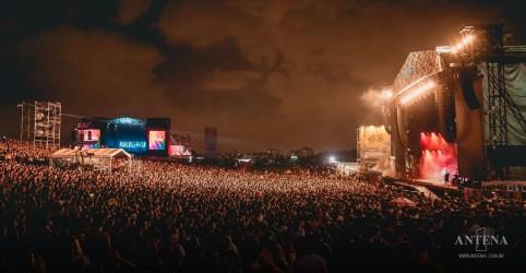 Placeholder - loading - Imagem da notícia Lollapalooza Brasil é adiado para março de 2022