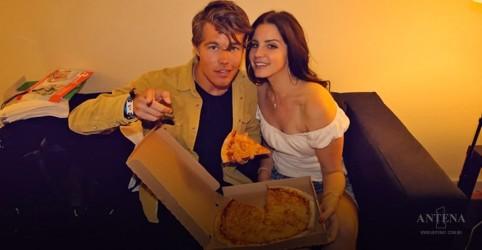 Placeholder - loading - Imagem da notícia Dia da pizza. Como não amar?