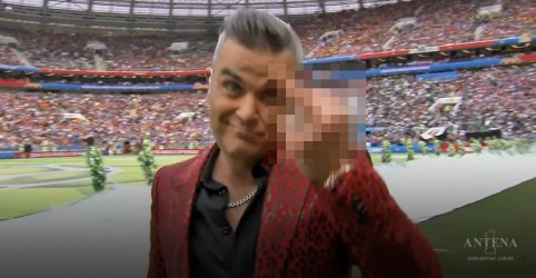 5 justificativas para o gesto obsceno de Robbie Williams