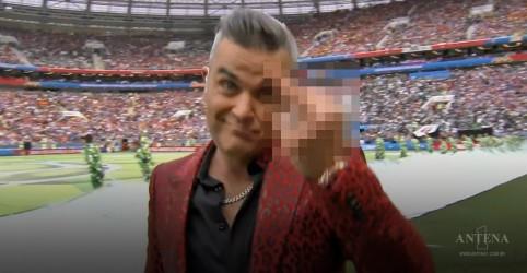 Placeholder - loading - Imagem da notícia 5 justificativas para o gesto de Robbie Williams