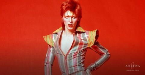 Placeholder - loading - Imagem da notícia David Bowie: 'The Man Who Sold The World' terá edição comemorativa de 50 anos