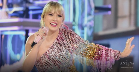 Placeholder - loading - Imagem da notícia Taylor Swift realiza canção inédita de segundo disco