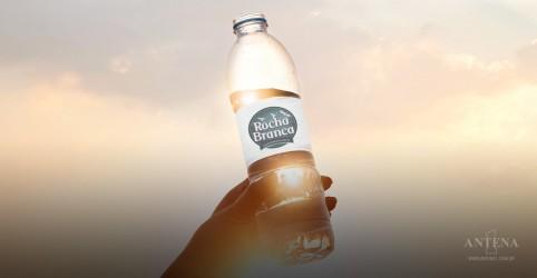 Placeholder - loading - Imagem da notícia Quanto devemos beber de água por dia?
