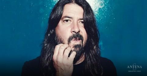Placeholder - loading - Imagem da notícia Foo Fighters: Dave Grohl publicará livro The Storyteller