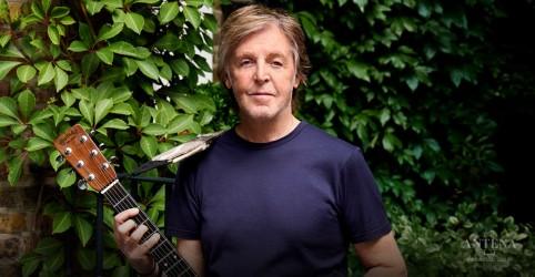 Placeholder - loading - Imagem da notícia Paul McCartney lança remix de faixa com guitarrista do Radiohead