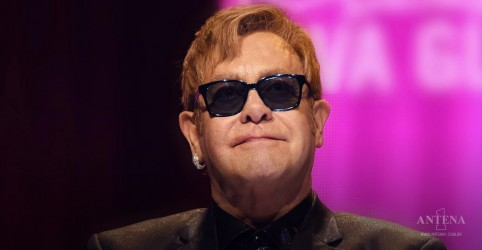 Placeholder - loading - Imagem da notícia Elton John elogia The Weeknd e nova geração de músicos