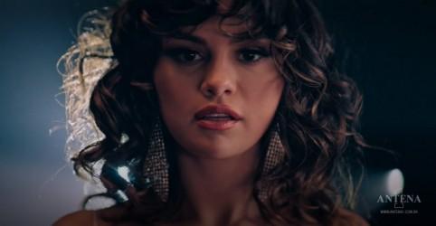 "Placeholder - loading - Imagem da notícia Selena Gomez divulga videoclipe da faixa ""Dance Again"""