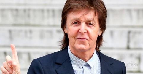 Placeholder - loading - Imagem da notícia Paul McCartney lança música surpresa no ano novo