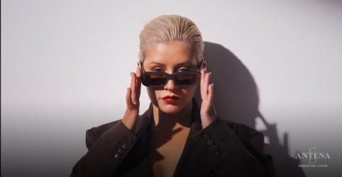 Placeholder - loading - Imagem da notícia Christina Aguilera diz estar ansiosa para voltar ao estúdio