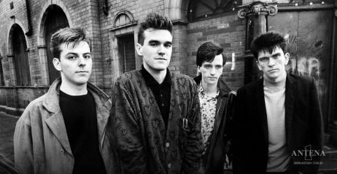 Placeholder - loading - Imagem da notícia Morrissey crítica desenho animado por paródia de The Smiths